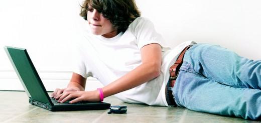 Sono un teenager, non ho bisogno di leggere prima di condividere